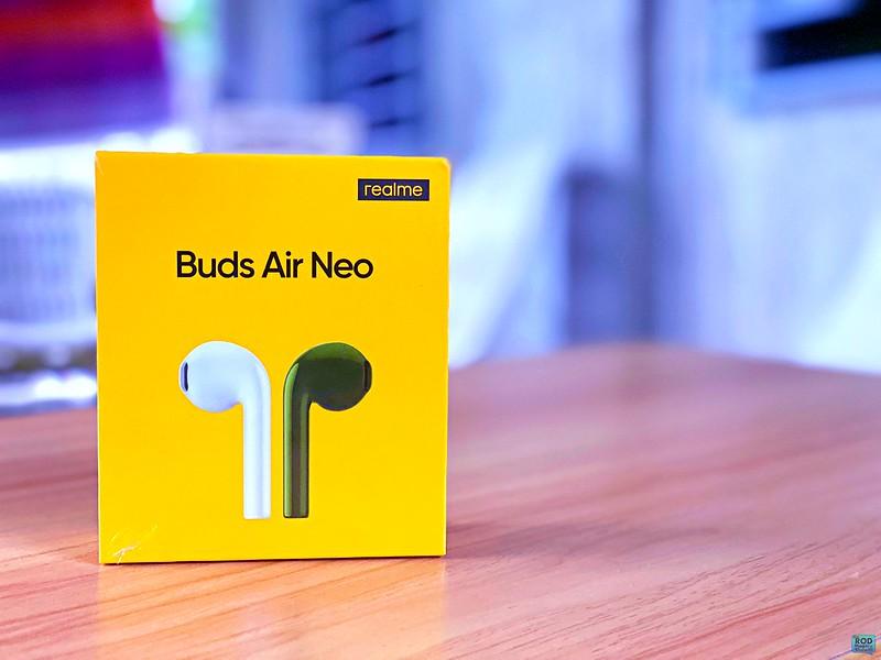 realme neo buds & powerbank 01 ROD MAGARU