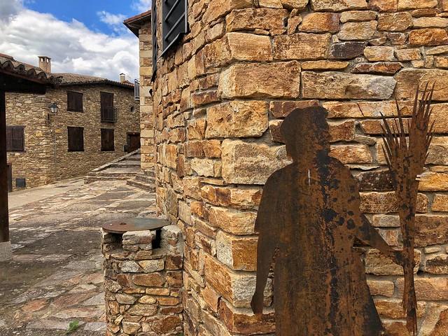 Horcajuelo de la Sierra, uno de los pueblos de arquitectura negra en la Comunidad de Madrid