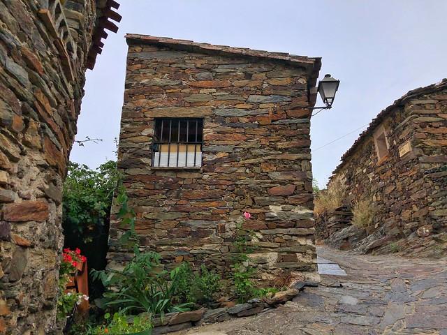 Patones de Arriba (Uno de los pueblos más bonitos que ver en Madrid)