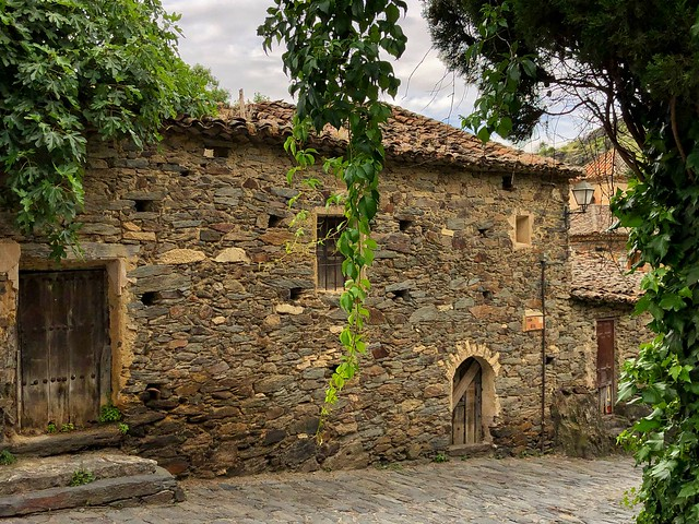 Patones es uno de los pueblos negros de Madrid (Ruta por los pueblos de pizarra de la Comunidad de Madrid)