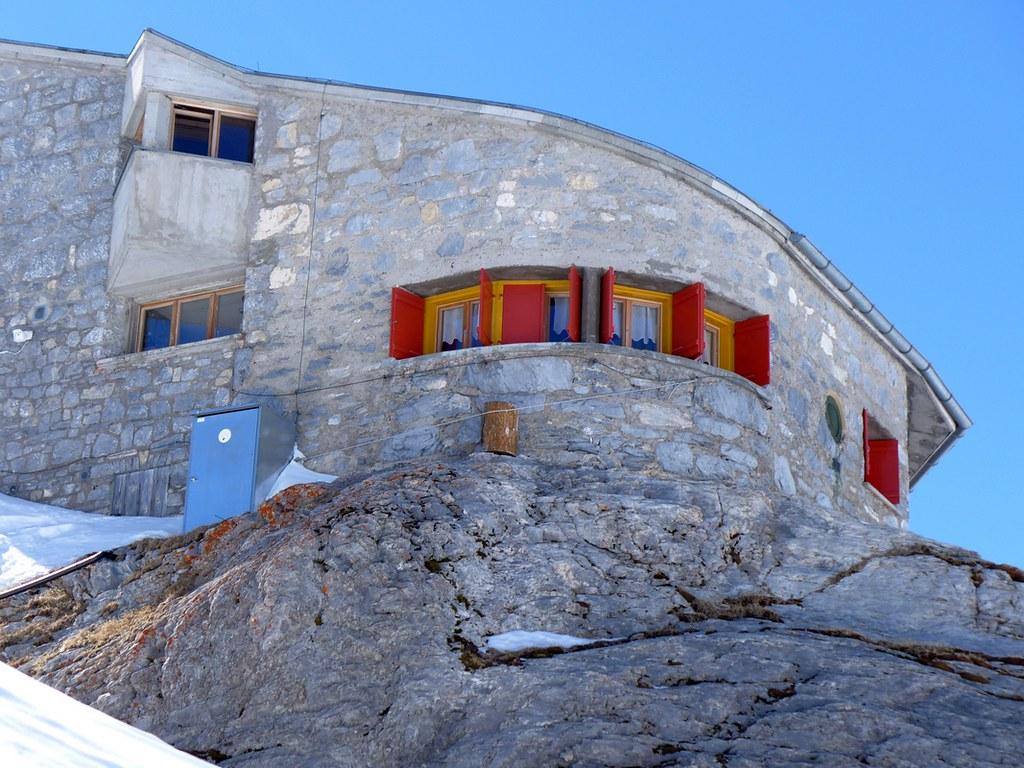 Planurahütte Glarner Alpen Schweiz foto 01