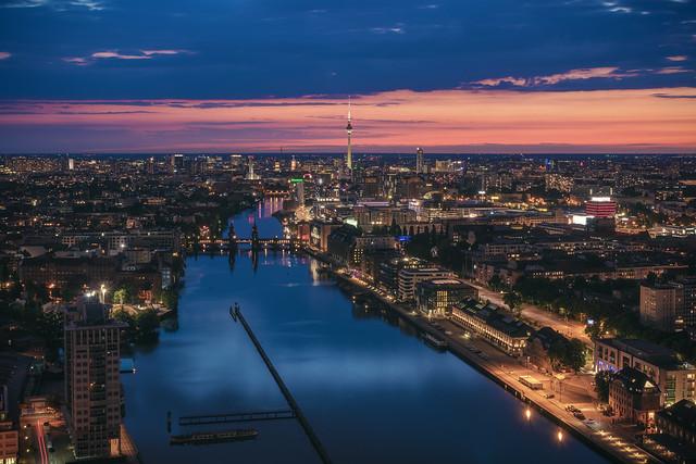 Berlin - Skyline Blue Hour Mediaspree