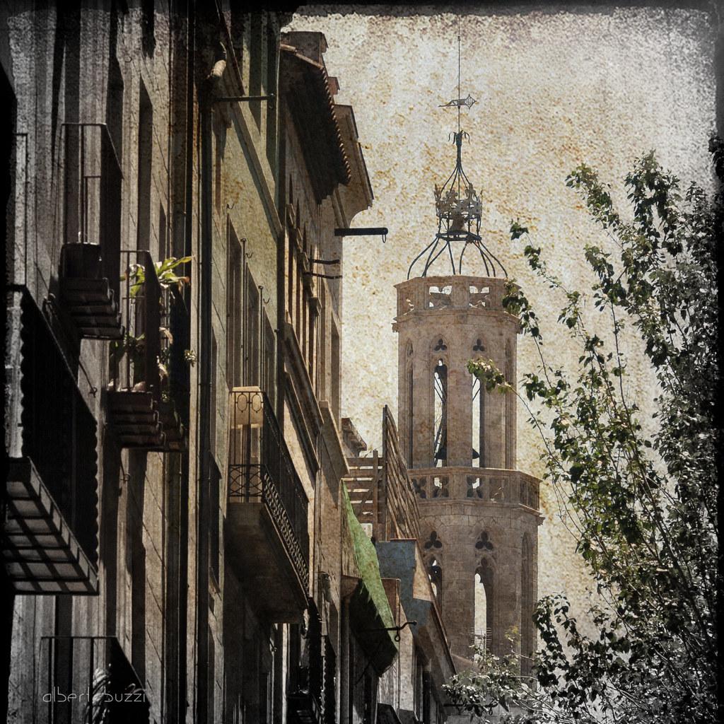 bBcn071:  Barcelona - Ciutat Vella - Sant Pere, Santa Caterina i La Ribera