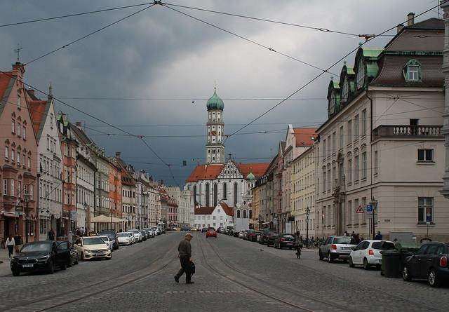 Maximilianstraße und St. Ulrich
