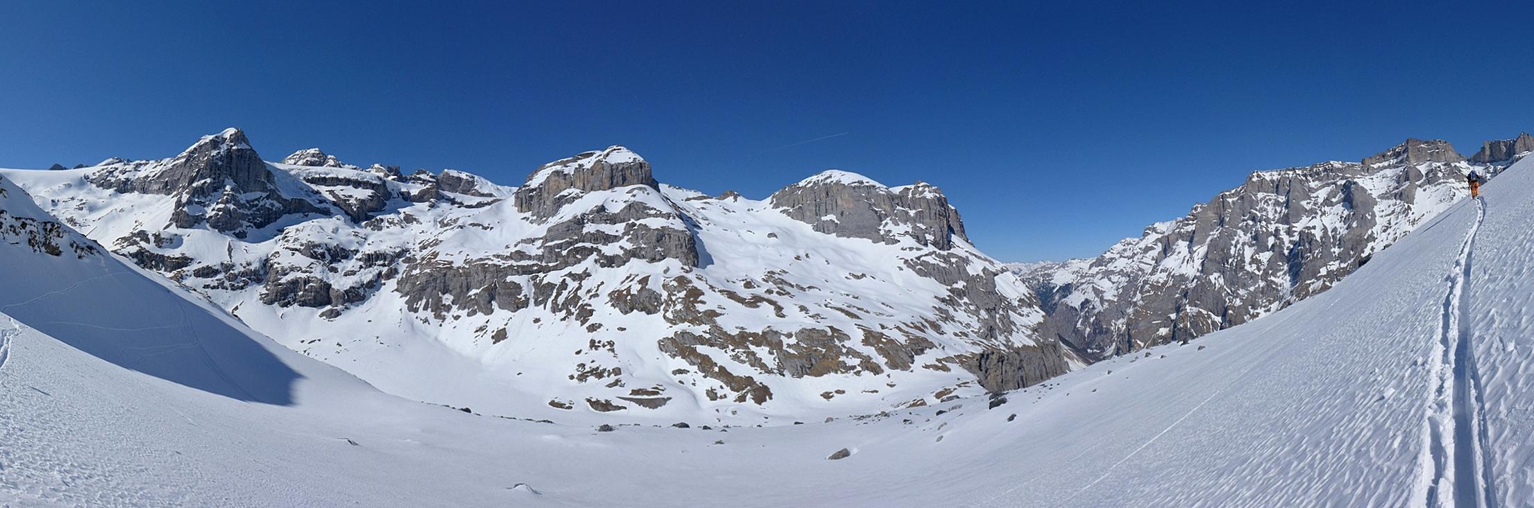 Planurahütte Glarner Alpen Schweiz panorama 44
