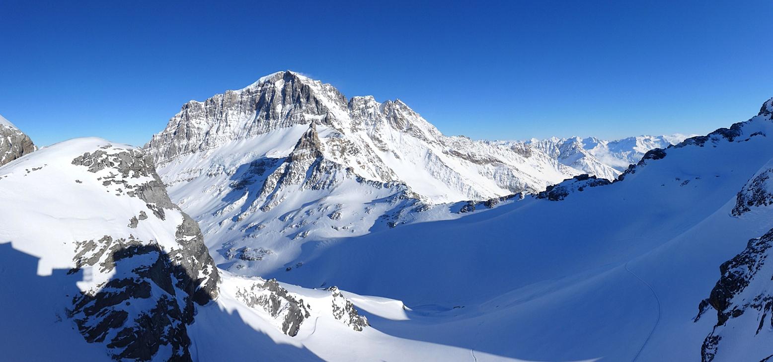 Planurahütte Glarner Alpen Schweiz panorama 45