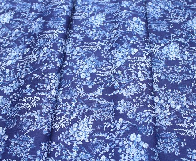 Windham Fabrics English Garden 51831-2 Bouquet Navy