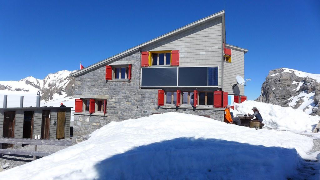 Planurahütte Glarner Alpen Schweiz foto 03