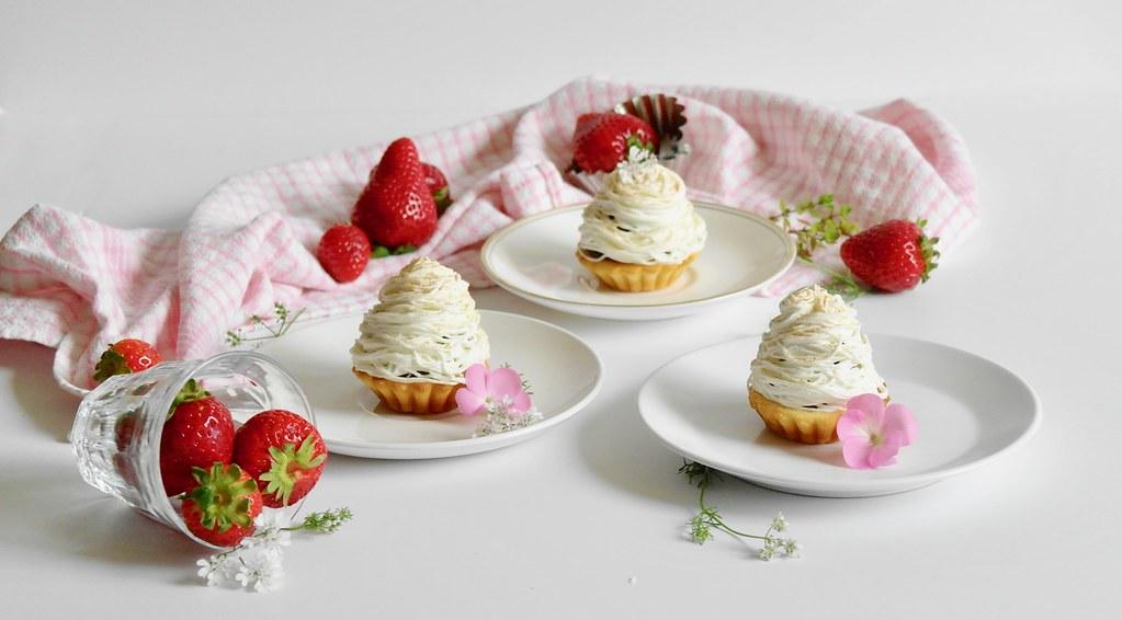 strawberry daifuku mont blanc