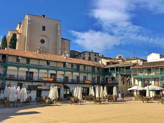 Plaza Mayor de Chinchón, uno de los pueblos más bonitos de Madrid
