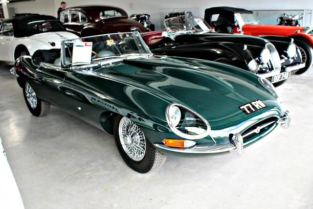 158 Jaguar E type (1st Series) Open Two Seater (1961) 77 RW