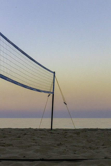 Sunset Volleyball Net 2
