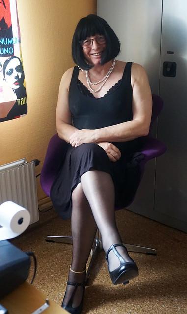 CG Office lady