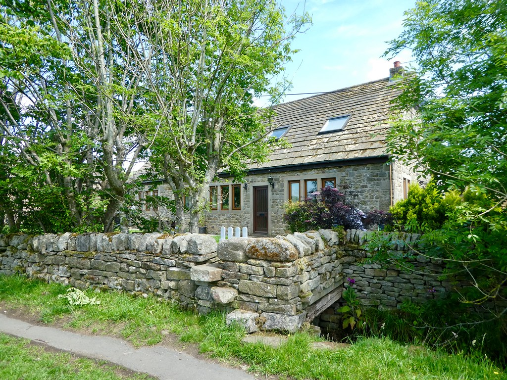 Stone cottage Addingham