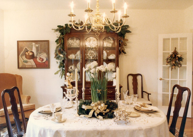 Holiday House Tour 1990