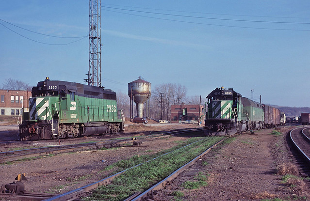 GP30 at Dayton's Bluff