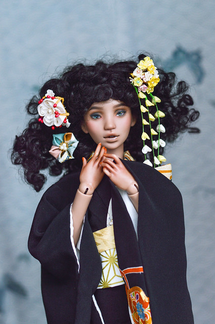 Ariadne in black kimono with golden yellow nanohana.