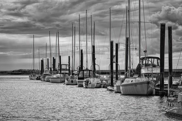 Elgin Heritage Park - Ward's Public Marina