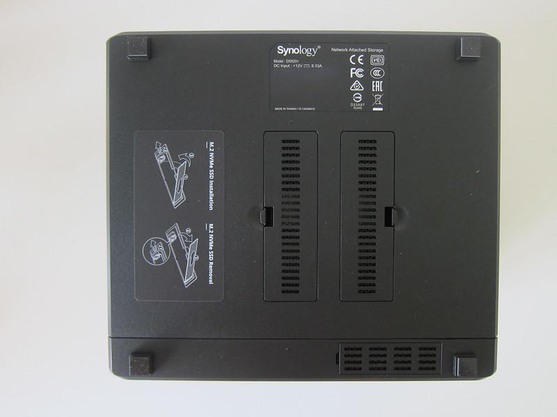 Synology DiskStation DS920+ - Bottom