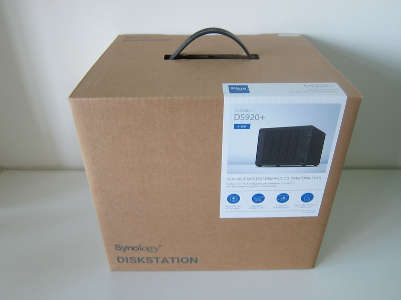 Synology DiskStation DS920+ - Box