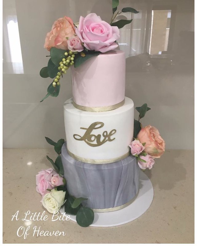 Cake by Ree's Edible Images