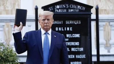 Trump Biblia