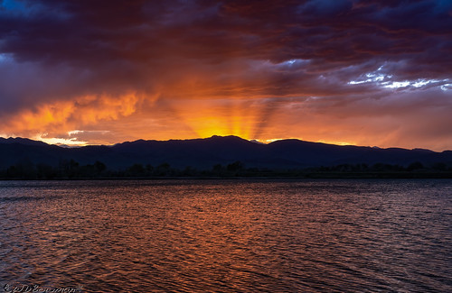 sunset cootlake crepuscularrays longspeak juneteenth freedomday southernrockymountains