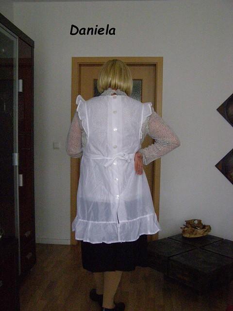 Housewife / Hausfrau