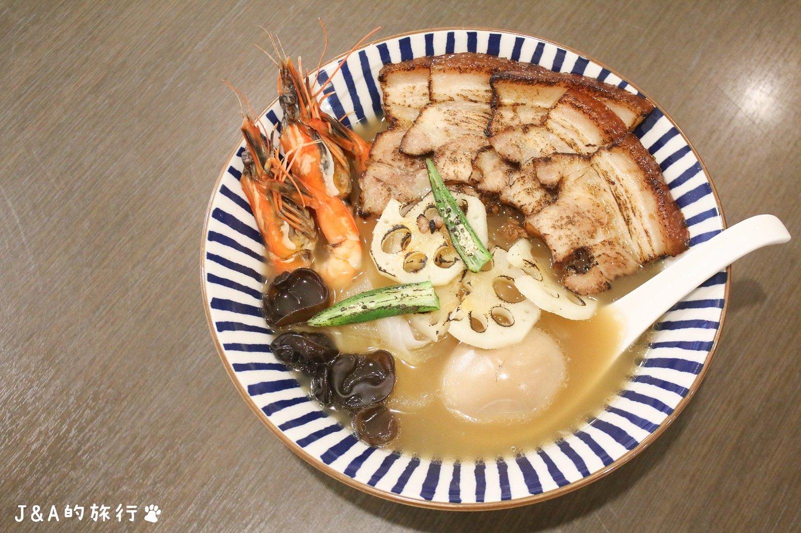 三弄食光。大份量海味濃郁的小管墨魚燉飯200元就吃得到【捷運東湖/內湖美食】 @J&A的旅行