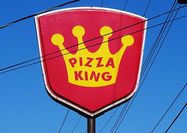 IN, Muncie-Pizza King W. Memorial Drive Sign