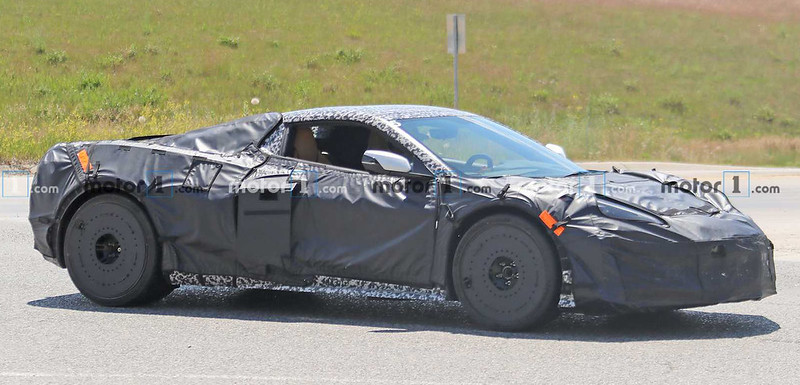 c8-chevrolet-corvette-z06-spy-photo (5)