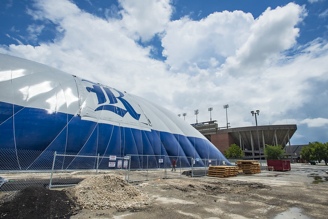 New multipurpose facility bubbles up outside Rice Stadium