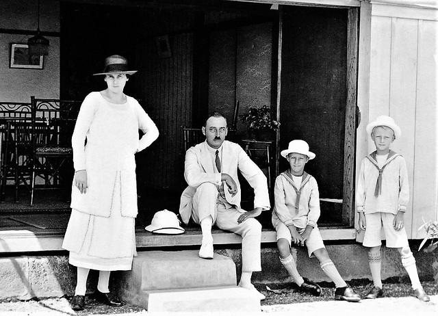 Wiersum family, Yokohama, ca. 1925