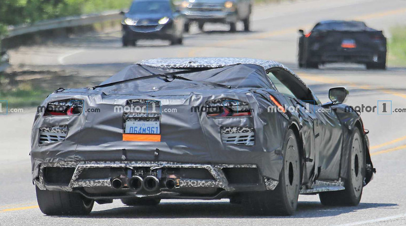 c8-chevrolet-corvette-z06-spy-photo (6)