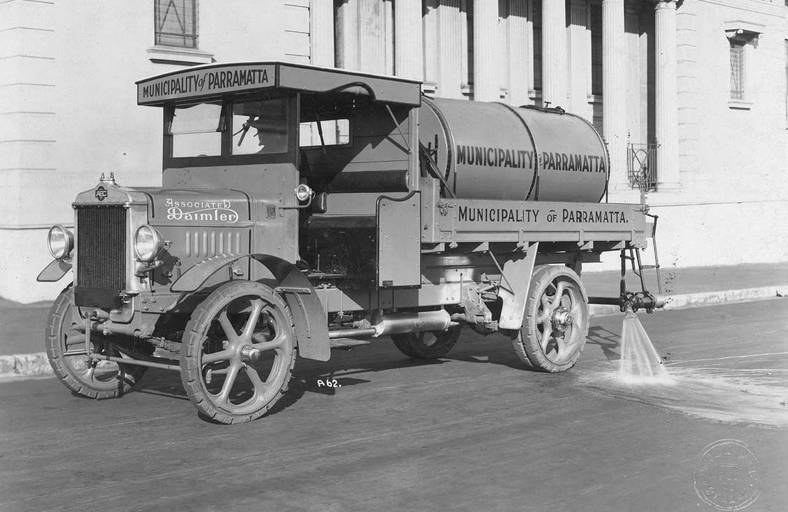 Daimler YC-type water flusher tanker, Parramatta Council, Sydney, ca. 1926