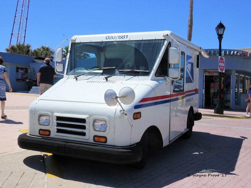 1990 Grumman Llv United States Postal Service Truck Flickr