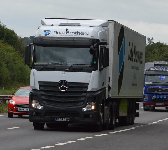 Dale Brothers WV68 CZP On the A5 At Shrewsbury