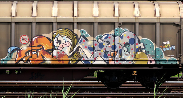 Graffiti on Feights