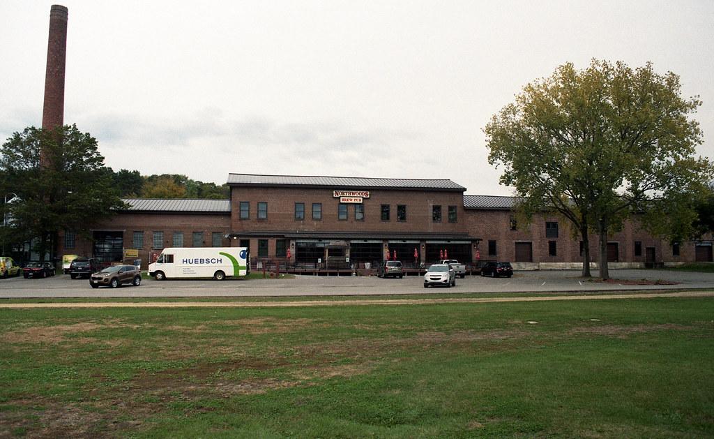 Northwoods Brew Pub Osseo Wisconsin U S A Minolta X700 Flickr