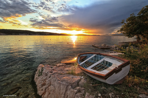 sunset dusk solstice spring sea seaside shore boat reflection sky clouds canon croatia hrvatska europe adriatic