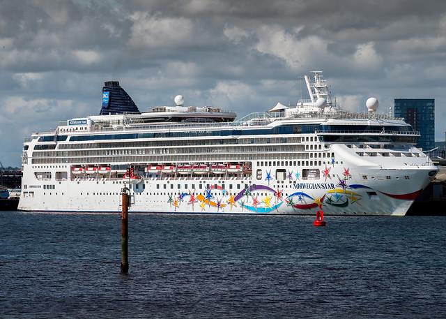 Norwegian Star, Norwegian Cruise Line, Southampton, Hampshire,