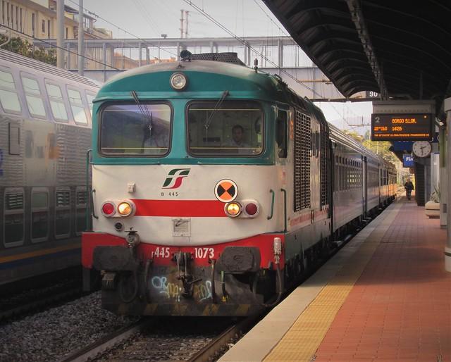 D445 1073 - Navettone ''ex Treviso'' per la Val di Sieve!