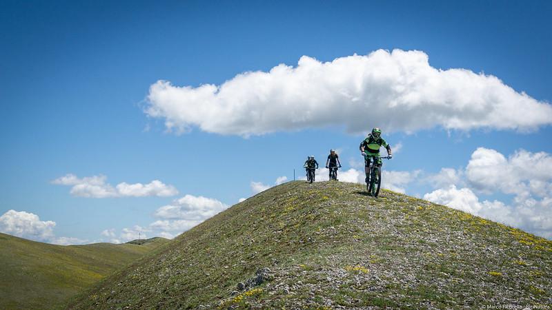 Monte Calvo salendo per le antenne