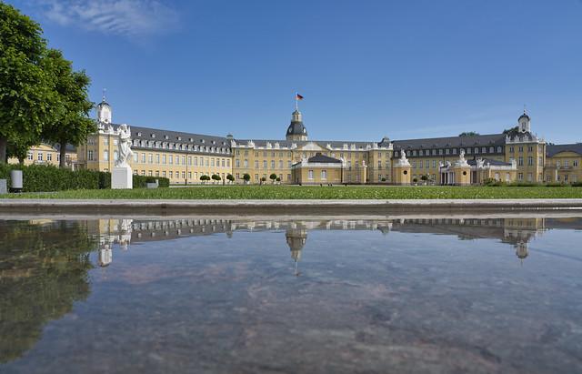 Das Großherzogliche Residenzschloß zu Karlsruhe