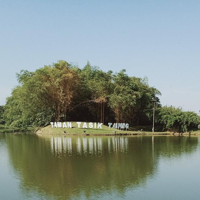 Taman Tasik