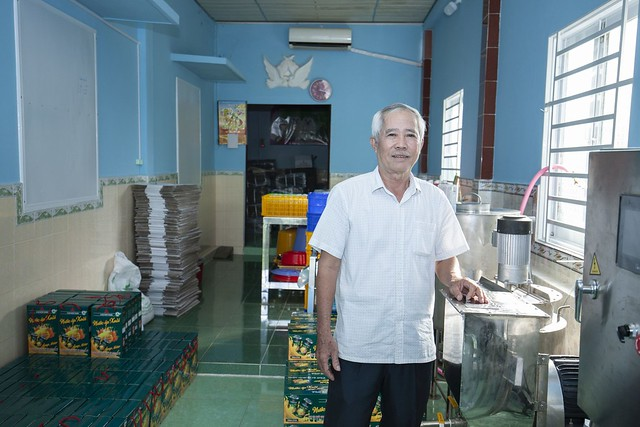 An experienced farmer supported to develop the mango juice processing facility