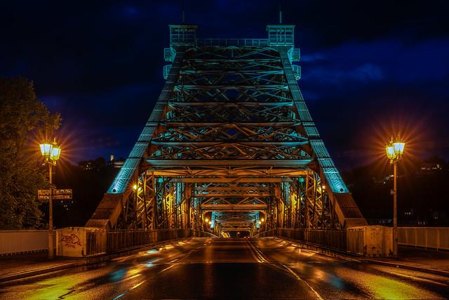 Blue hour at the Blue Miracle - Blaue Stunde am Blauen Wunder
