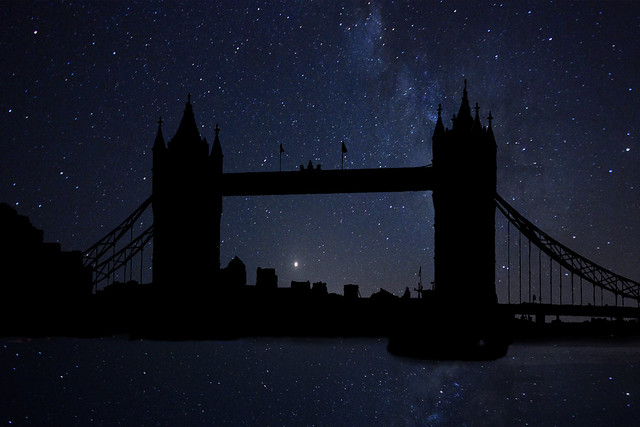Photoshop: The Milky Way in the Tower Bridge