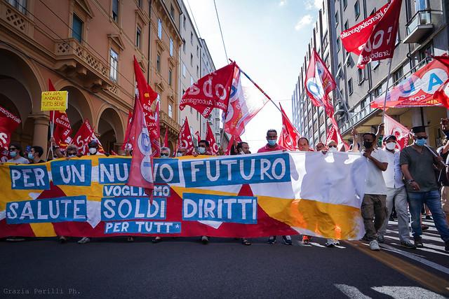 """Corteo regionale: """"Vogliamo salute, soldi e diritti!"""" #2"""