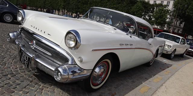 Buick Special 1957 ou Renault Floride 1958 50029261736_c57536d7b2_z
